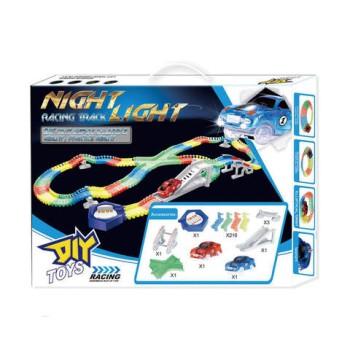 MAGIC TRACKS NIGHT LIGHT 2 МАШИНКИ + ТРАССА И АКСЕССУАРЫ.